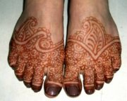 Naturally cured henna tatoo stain