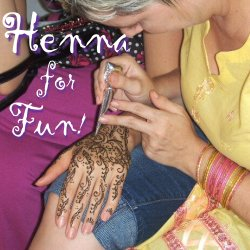 Orlando henna artist at Beachcombers Bazaar. Safe temporary tattoos!