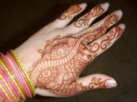 Henna Tattoo How Long Does It Last : Temporary henna tattoos can cause long lasting allergic reactions